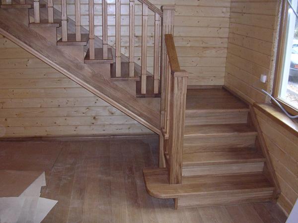 Лестницы из дерева  на второй этаж в частном доме фото цены
